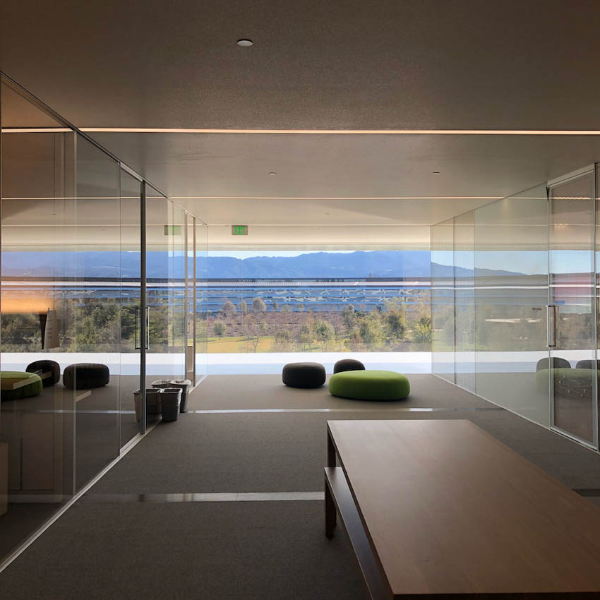 Apple Park in Cupertino: photo of the headquarters